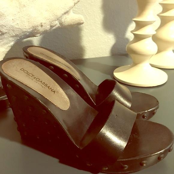 Dolce & Gabbana Gabbana Gabbana scarpe   Dolce And Gabanna Wooden Wedge Mules   Poshmark 65b27c